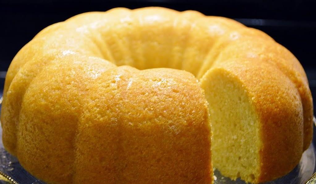 Receitas proteicas com ovo para ganhar massa muscular- Bolo proteico de coco com limão