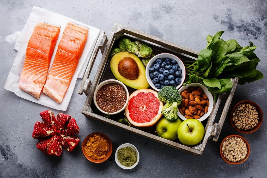 deve ser ingerido alimentos variados para a hipertrofia muscular